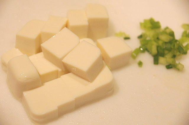 オイシックス お試しセット 豆腐の韓国風スープ 下準備