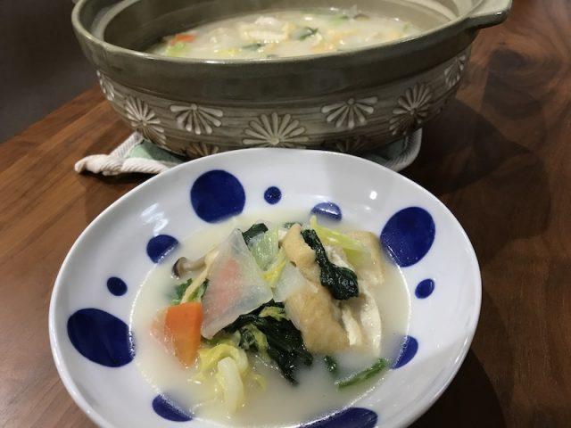 ヨシケイ夕食ネットキットde楽健康鶏と白湯鍋2人用メニュー正面