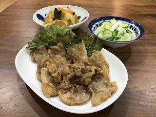 ヨシケイ夕食ネット日替わり豚肉のくわ焼き2人用メニュー盛り付け正面からの写真