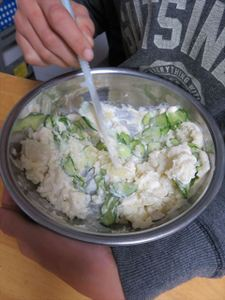 らでぃっしゅぼーやのジャガイモときゅうりでポテトサラダ