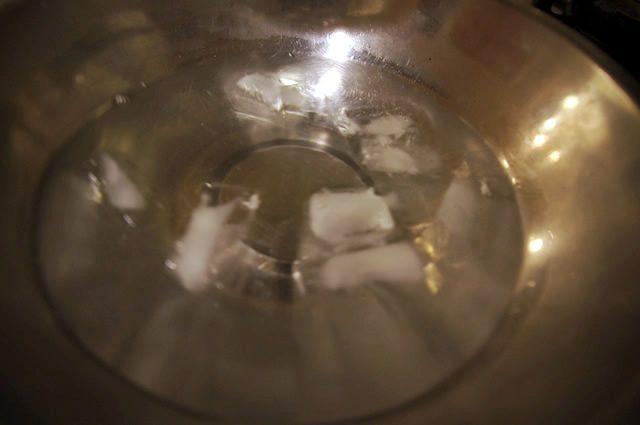 テイスティーテーブル tastytable ベシャメルソース作り いったん氷で冷やすプロの技
