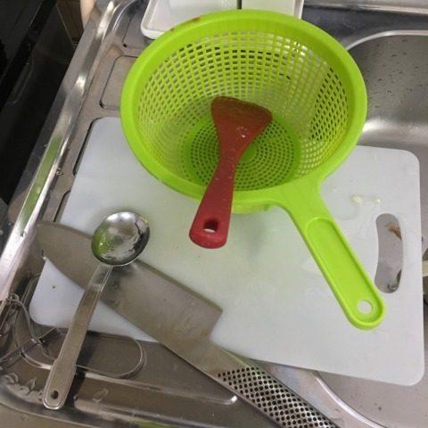 ハーブチキンのトマトチーズ鍋時の洗い物 狭いキッチン