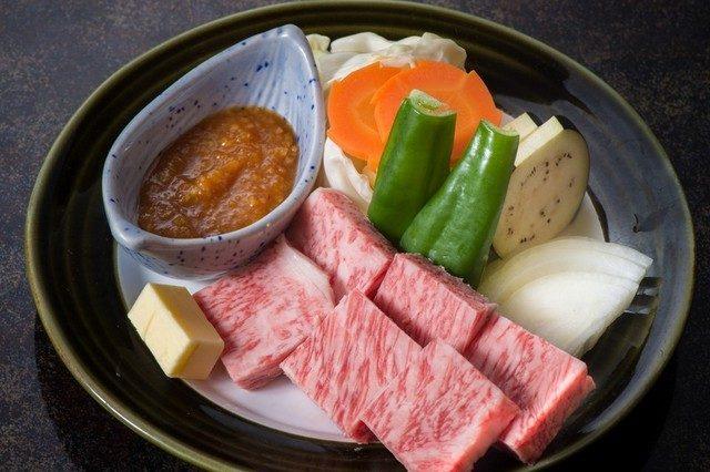 肉は食べ放題 糖質制限